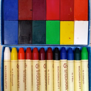 Crayons ~ Lápices de color